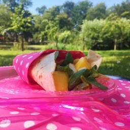 Picknick:Wraps met gerookte kip en mango